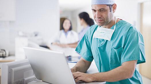 Doctor_computer_0325