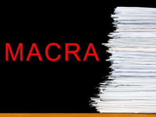 Dt_160825_stack_papers_macra_800x600